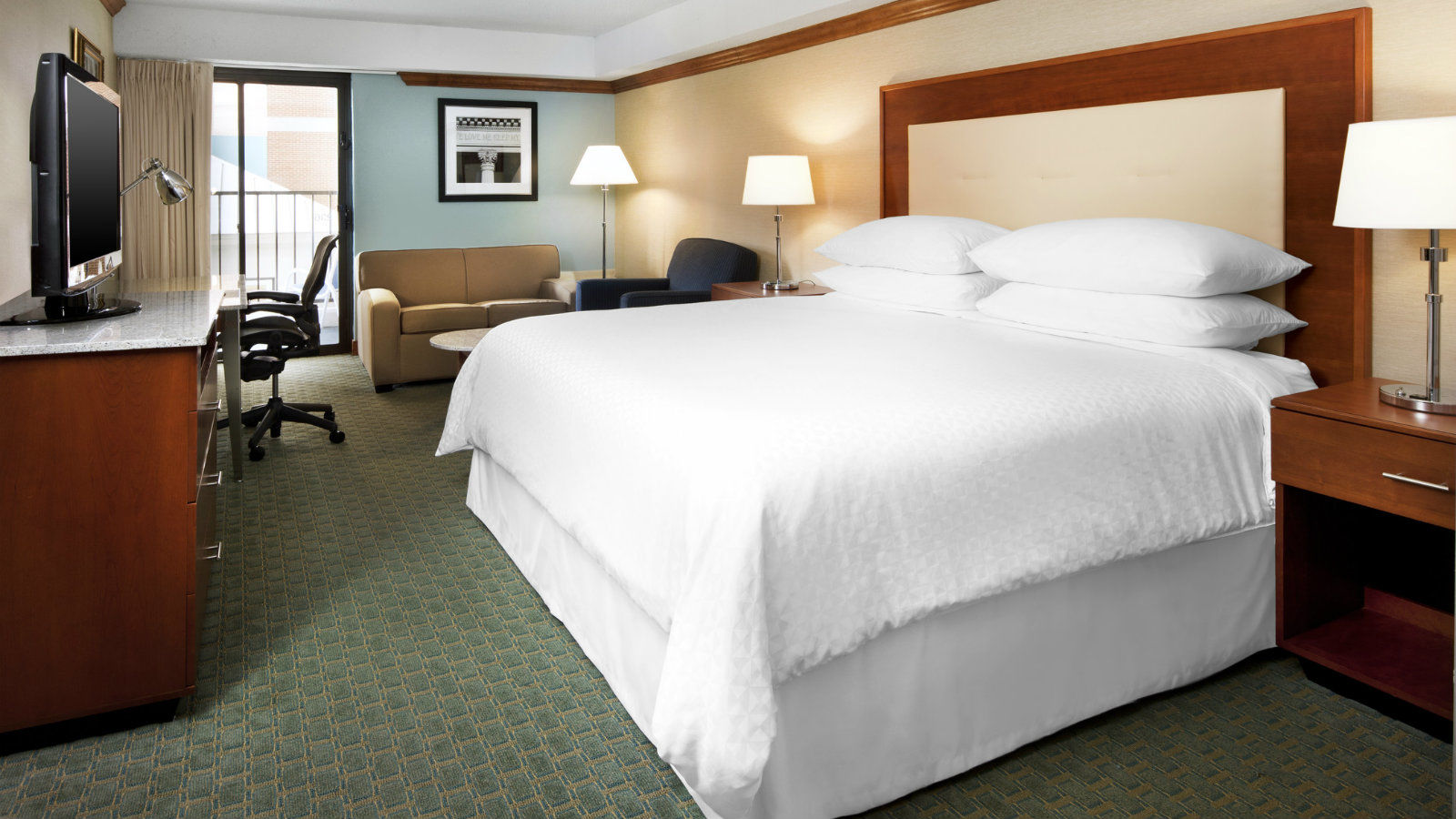 Richmond Airport Accommodations - Deluxe Room